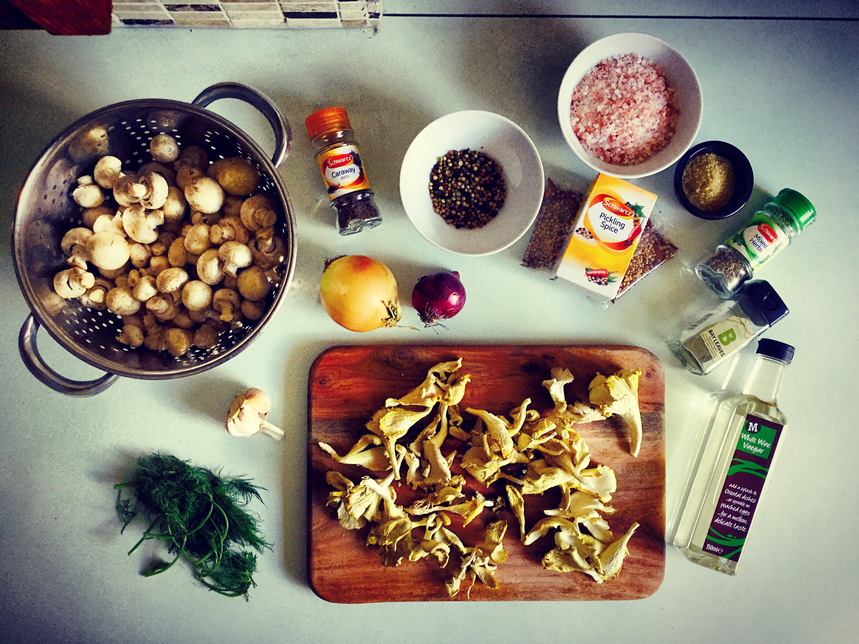 quick mushroom pickles