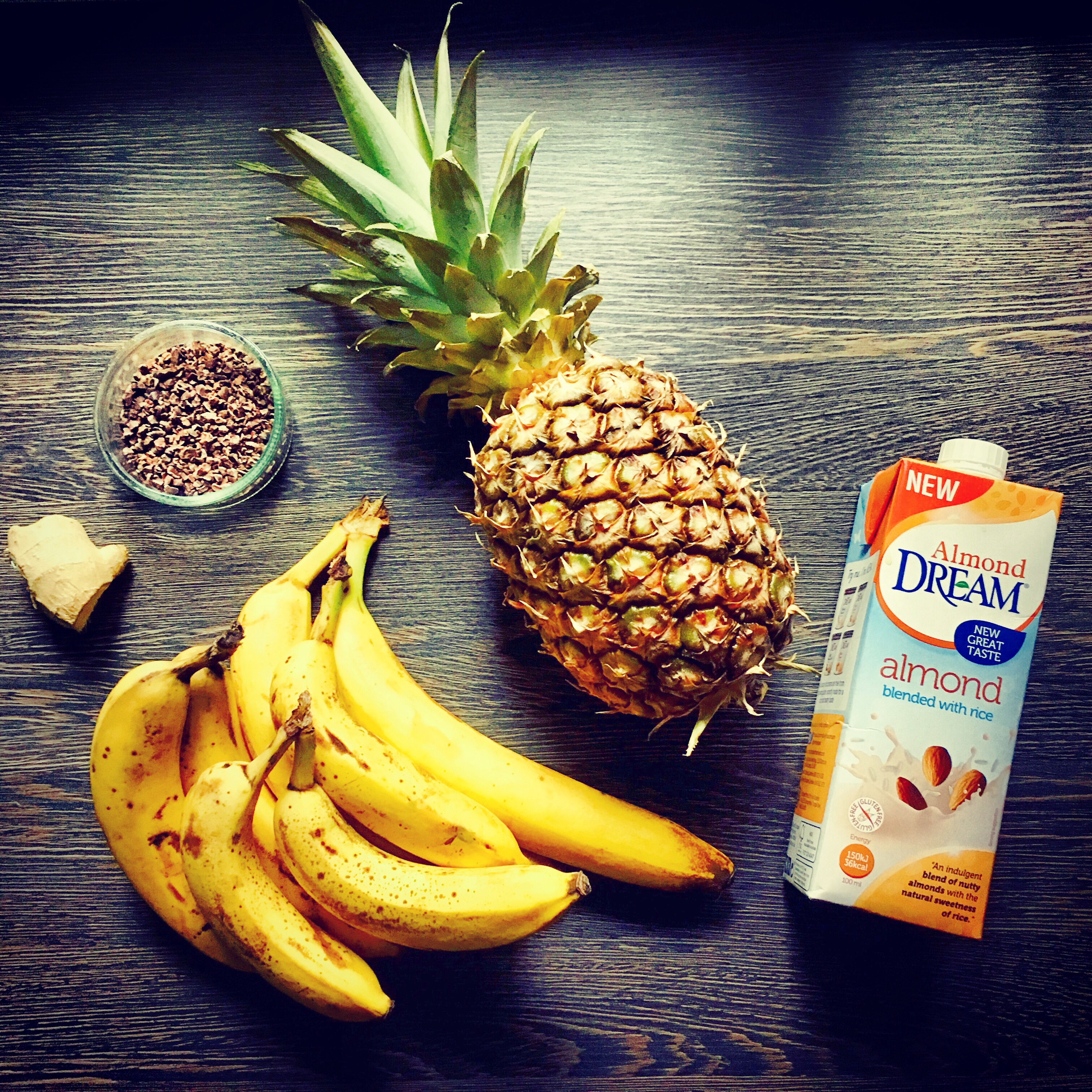 best banana and pineapple smoothie